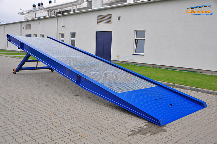 Cầu dẫn container - Mobile ramp