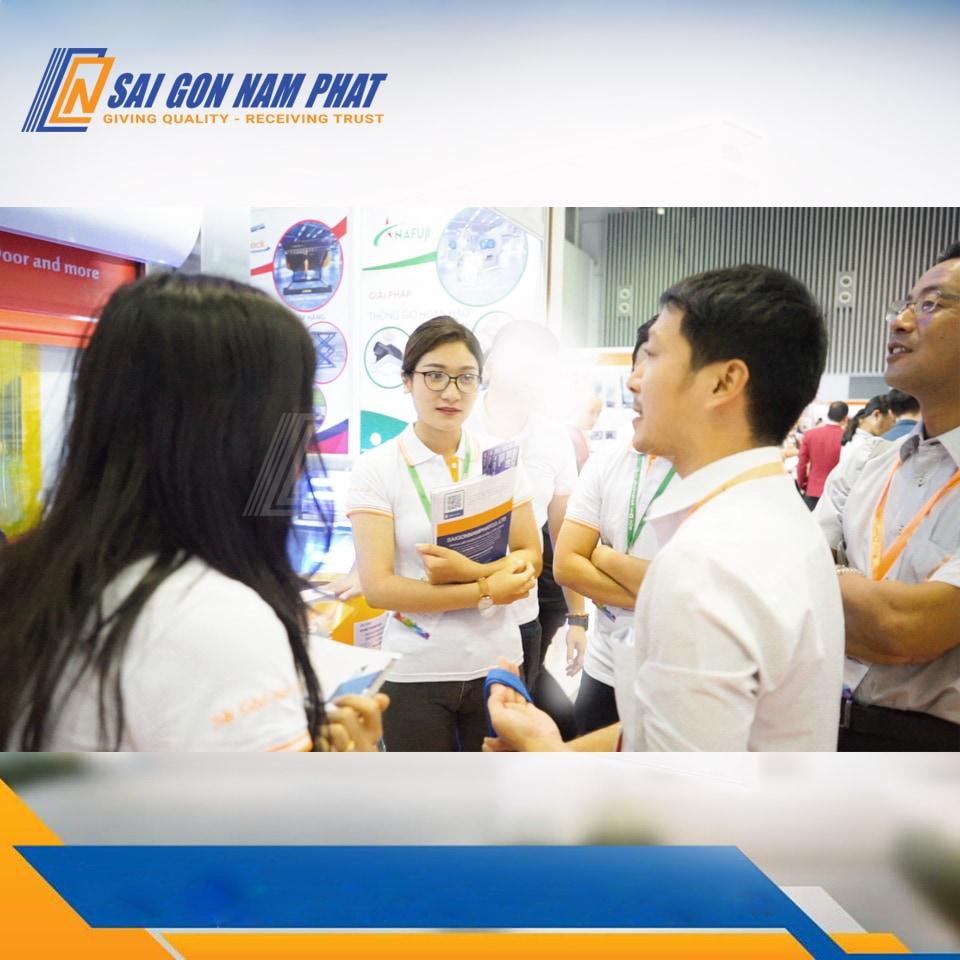 Trải nghiệm trực tiếp sản phẩm tại sự kiện Vietbuid Hà Nội 2019